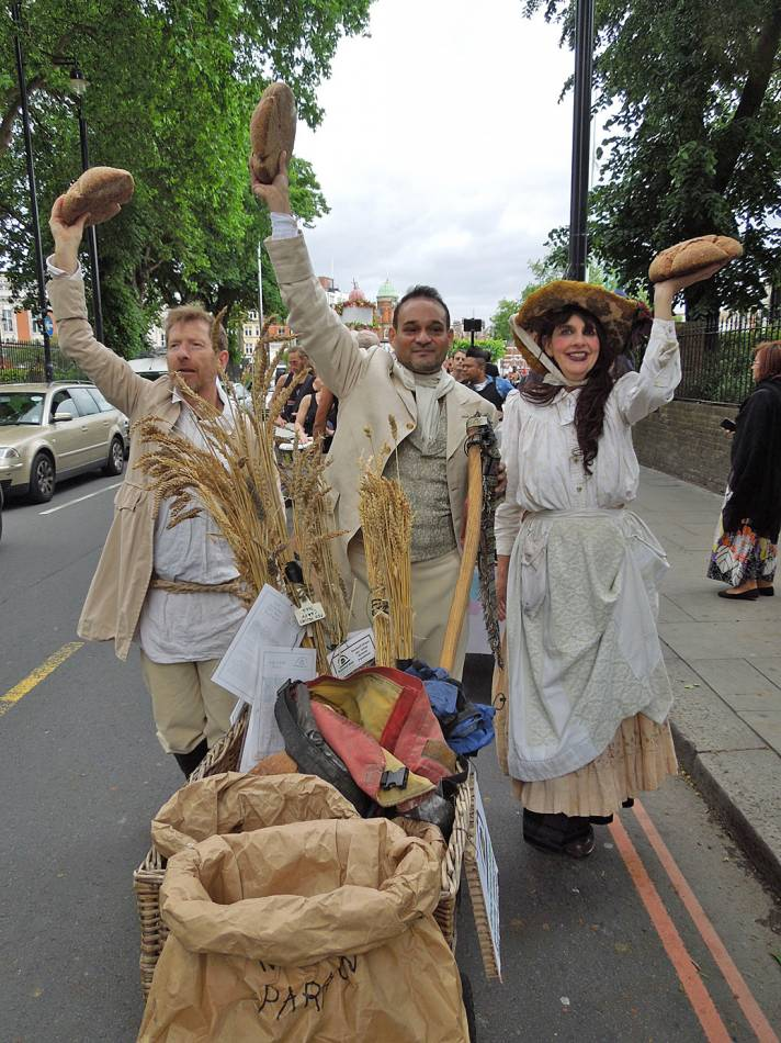Brixton Windmill parade and festival 2013 - 1:02pm&nbsp;21<sup>st</sup>&nbsp;Jun.&nbsp;'13