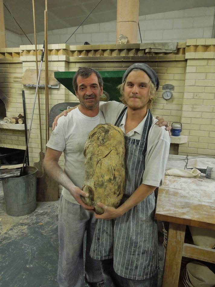 baker and baker at Bread Bread bakery with BBA Lilford Log - 11:24pm&nbsp;30<sup>th</sup>&nbsp;Nov.&nbsp;'12