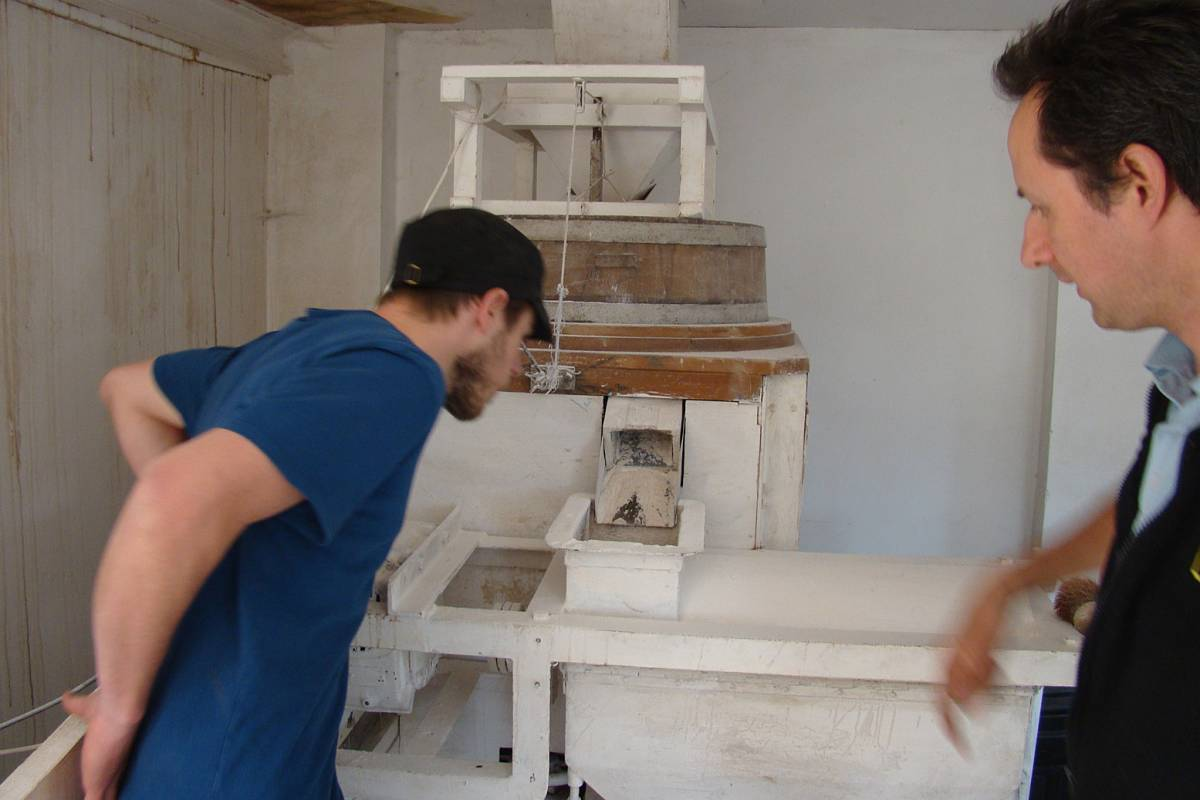Vince and Leo with 'Huby' mill, visit to Perry Court Farm, nr. Canterbury, Kent 12/5/11