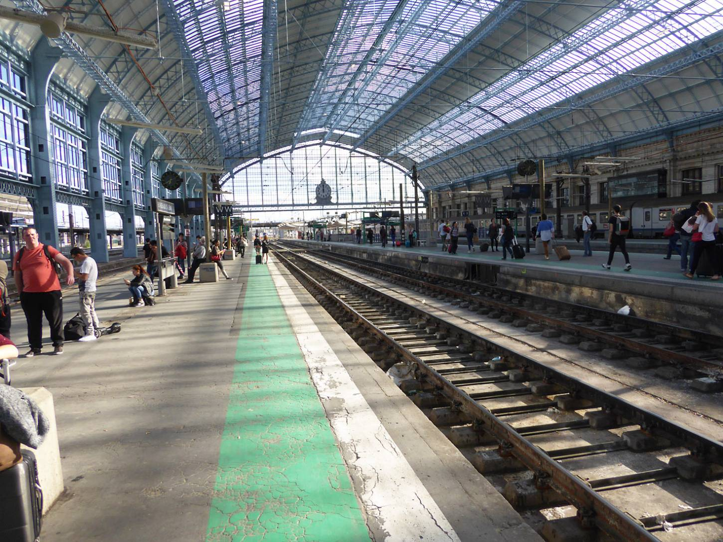 Bordeaux station, France, May '17 - 5:38pm&nbsp;14<sup>th</sup>&nbsp;May.&nbsp;'17