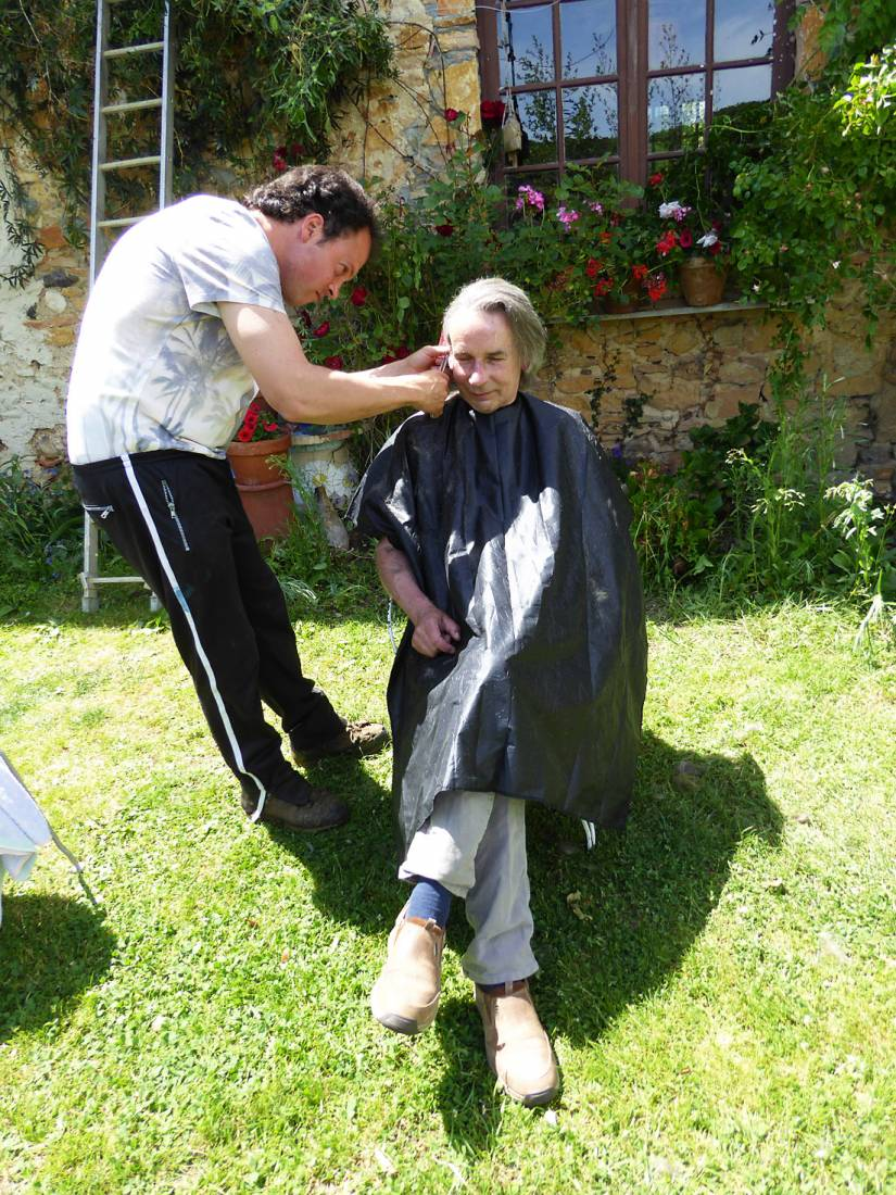 getting shorn by JP, France, May '17 - 2:00pm&nbsp;21<sup>st</sup>&nbsp;May.&nbsp;'17