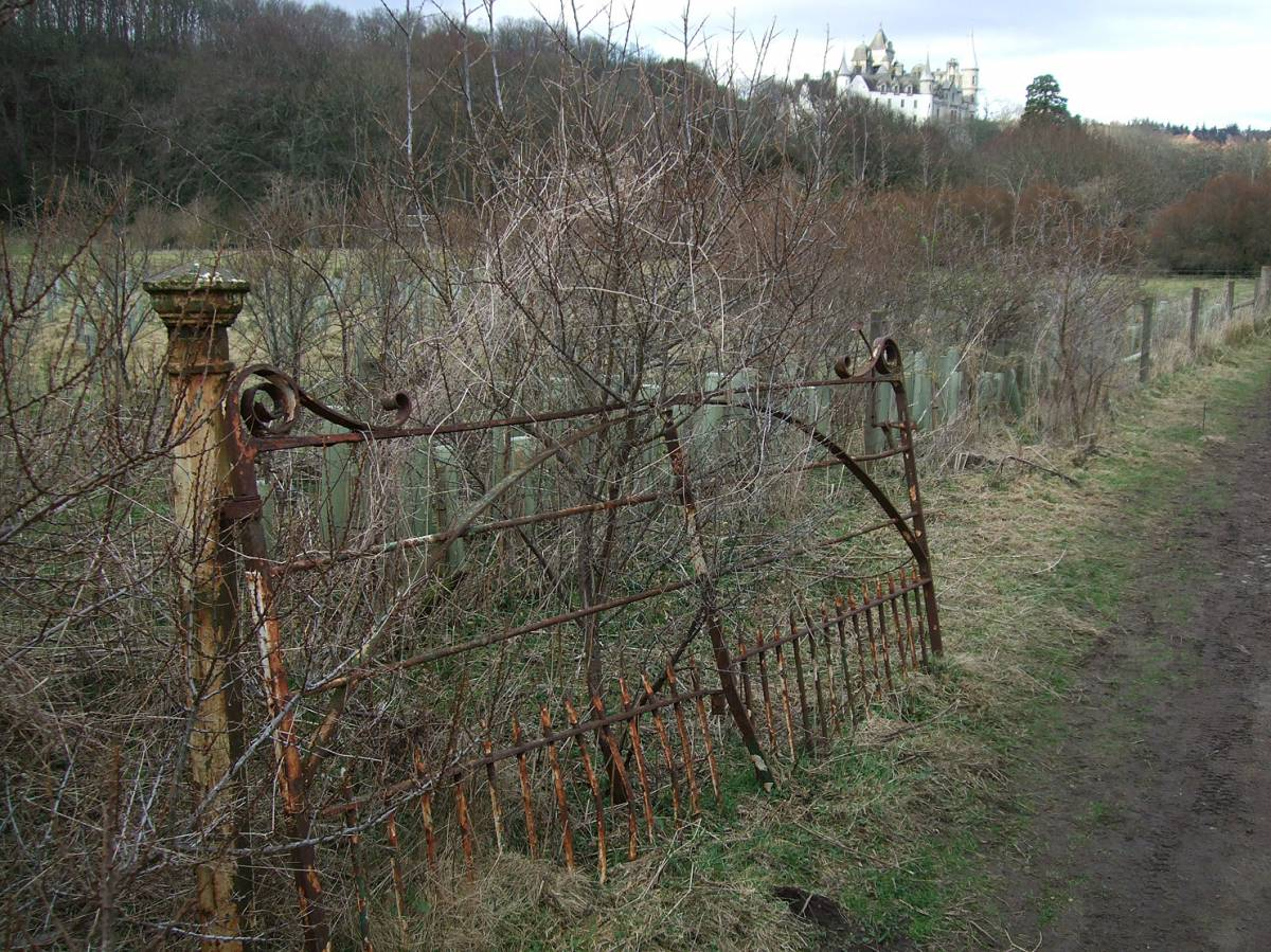 visit to Golspie Mill, Sutherland, walk to Dunrobin Castle - 5:18pm&nbsp;12<sup>th</sup>&nbsp;Mar.&nbsp;'12