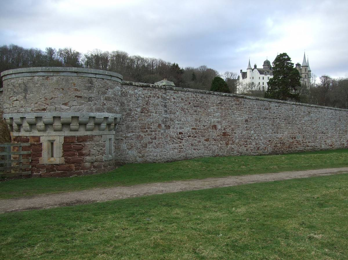 visit to Golspie Mill, Sutherland, walk to Dunrobin Castle - 5:20pm&nbsp;12<sup>th</sup>&nbsp;Mar.&nbsp;'12