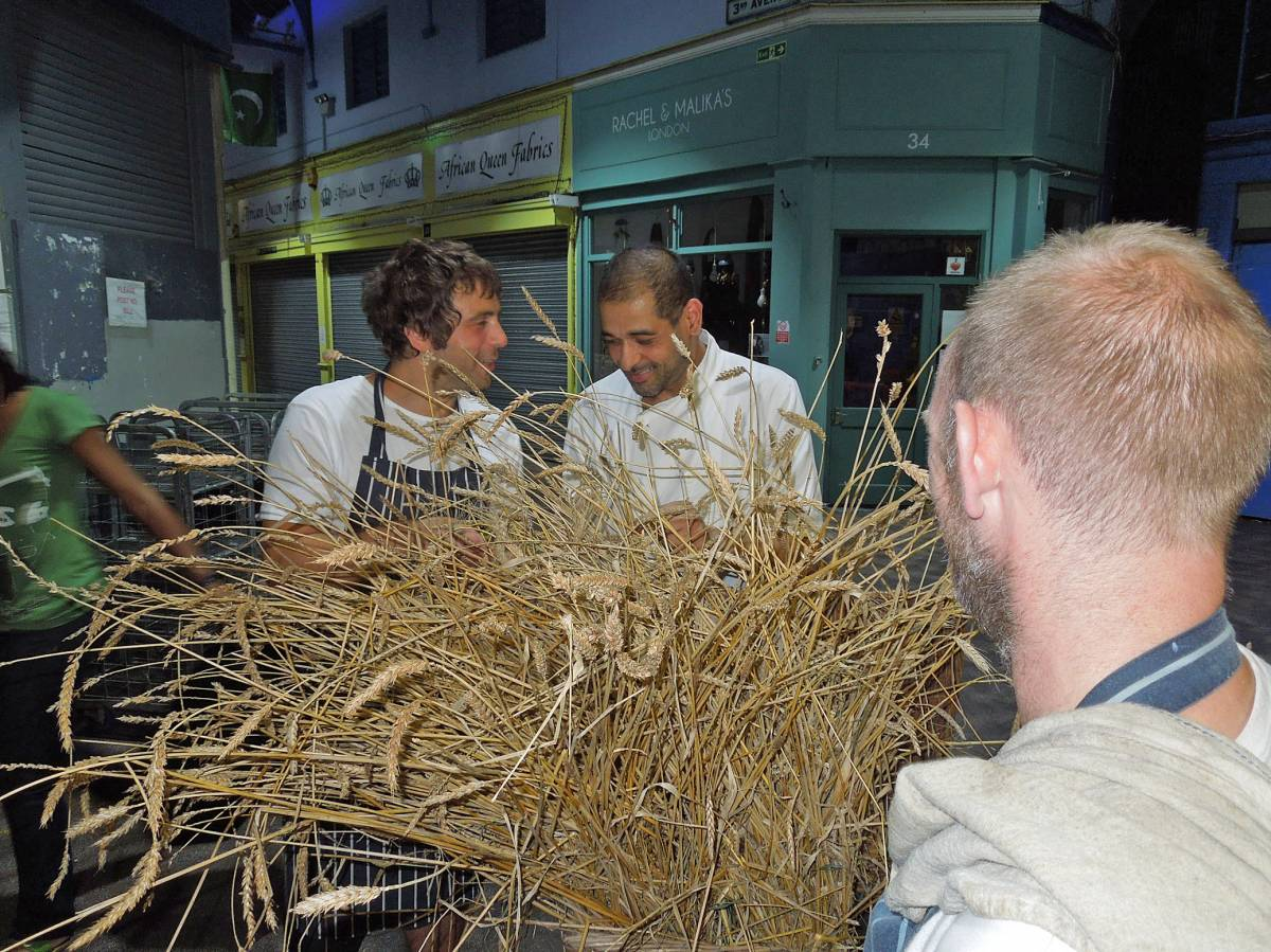 Brixton Cornercopia and Brixk Box chefs check the Lammas harvest - 10:27pm&nbsp;18<sup>th</sup>&nbsp;Aug.&nbsp;'12