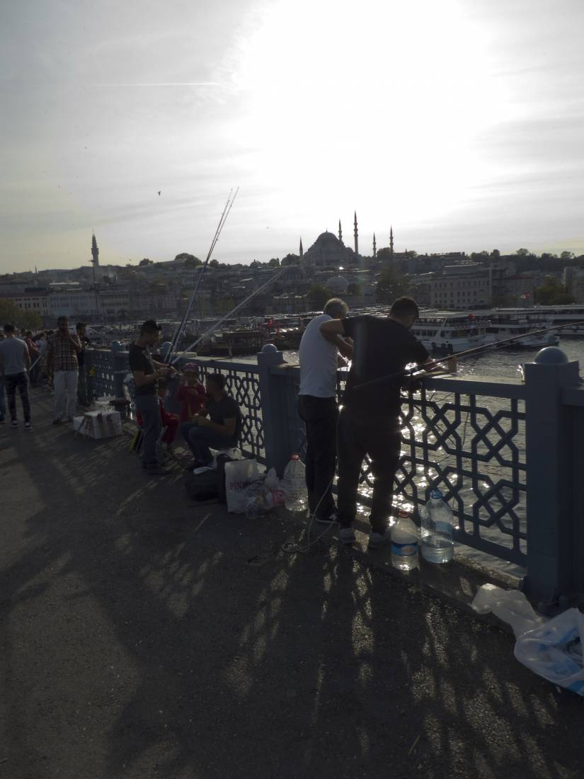 Istanbul - 3:58pm&nbsp;24<sup>th</sup>&nbsp;Sep.&nbsp;'17  <a href='http://maps.google.com/?t=h&q=41.019528,28.972928&z=18&output=embed' target=_blank><img src='http://www.brockwell-bake.org.uk/img/marker.png' style='border:none;vertical-align:top' height=16px></a>
