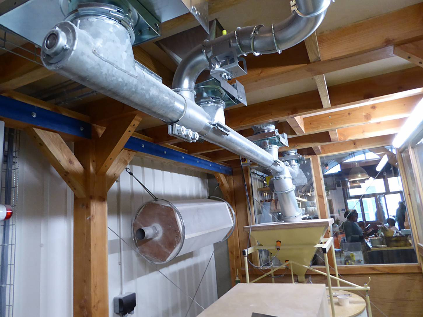 latest mill set up with multiple silo feeds at <a href='http://e5bakehouse.com/' target='_blank'>E5 bakehouse</a> - 2:55pm&nbsp;9<sup>th</sup>&nbsp;Mar.&nbsp;'18