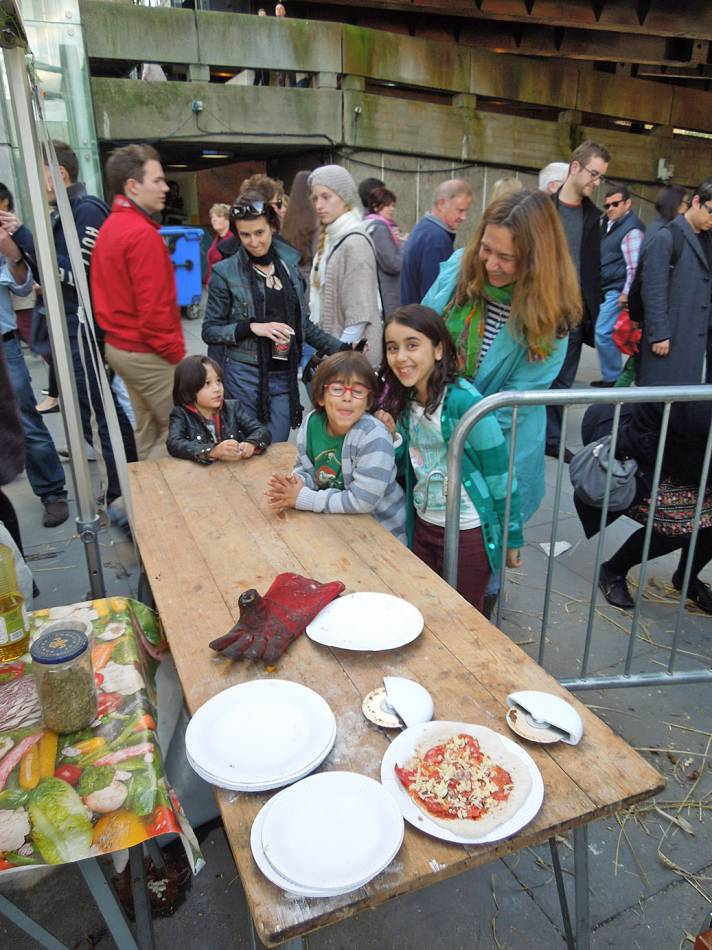 pizza day - first Real Bread Fest - 5:01pm&nbsp;6<sup>th</sup>&nbsp;Oct.&nbsp;'12