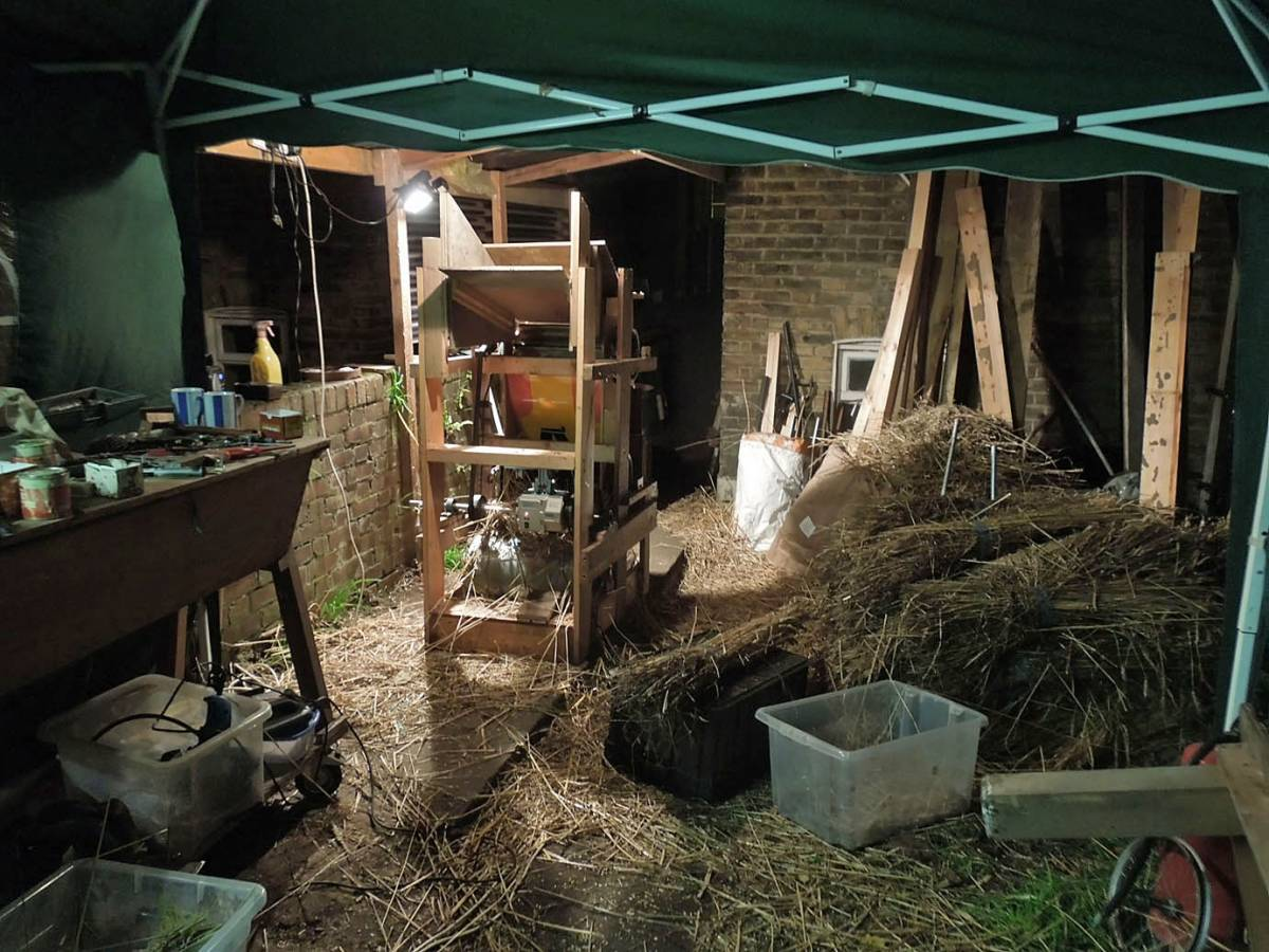 late night threshing floor - 5:53pm&nbsp;23<sup>rd</sup>&nbsp;Nov.&nbsp;'13