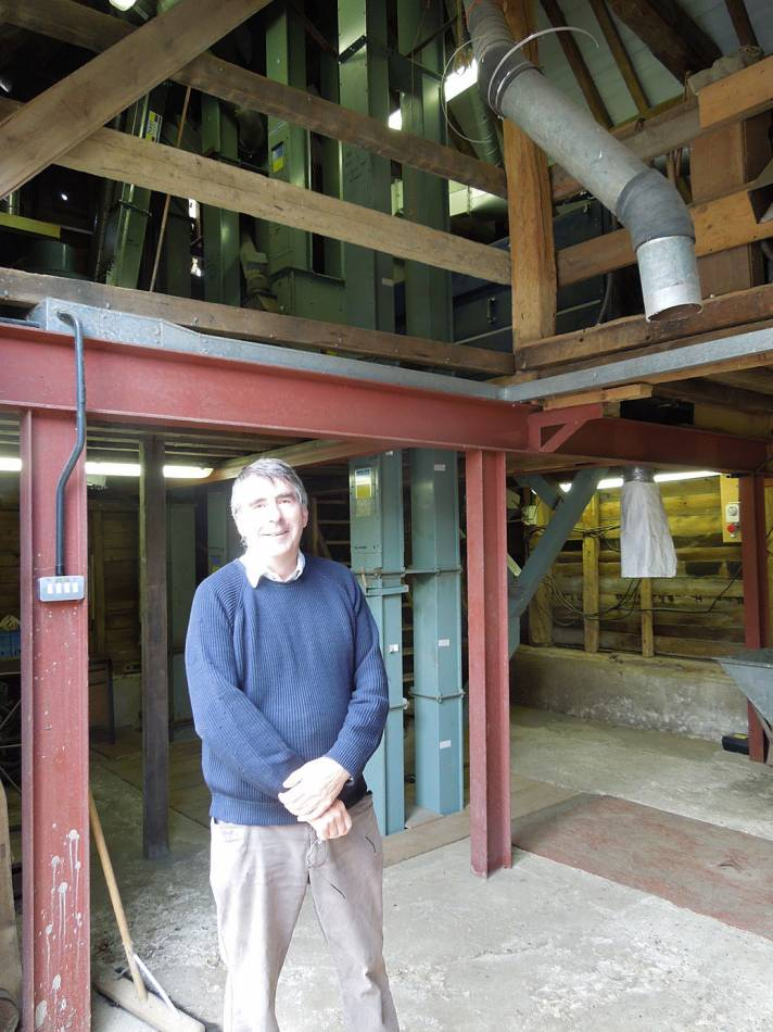 Howard in grain processing barn - visiting Hammonds End Farm, Harpenden - 10:37am&nbsp;17<sup>th</sup>&nbsp;Jul.&nbsp;'12